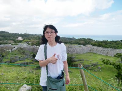 昨年の秋、沖縄の今帰仁城跡のスナップです。 また行きたいなぁ。 他はどこ行こう?って楽しいことに考えをめぐらせるのが脳にいいんです。