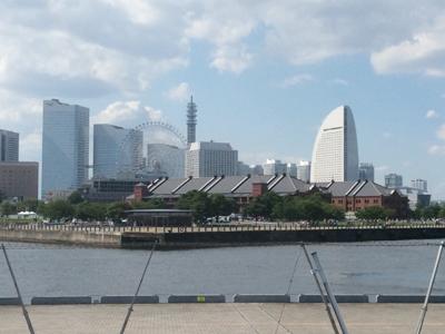 大桟橋からの眺めです。 ザ・横浜って感じでしょ?