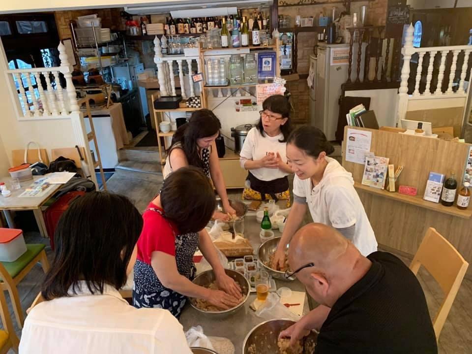 手作り味噌教室 in 駒込 ナーリッシュは笑顔がいっぱいの場でした!